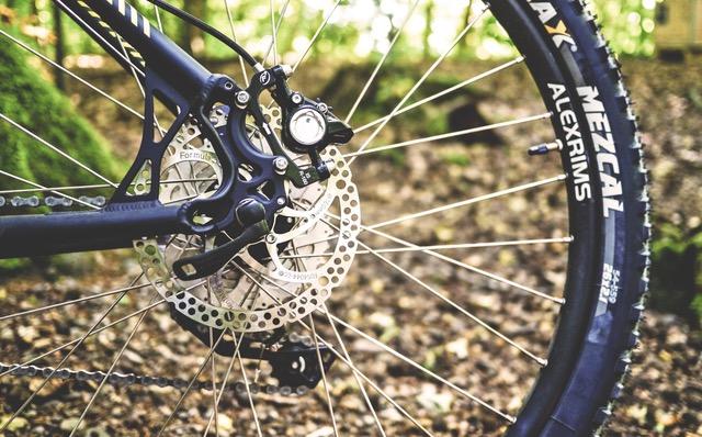 Sådan lapper du din cykel ved punktering